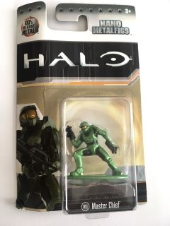 metal nano figure halo - 1