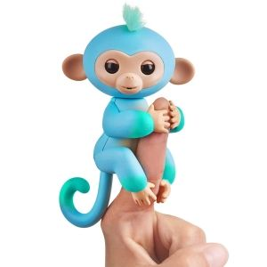Fingerlings-Charlie-WowWee